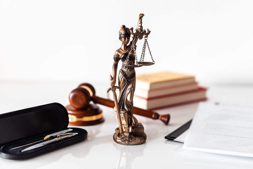 experto en derecho laboral bogota